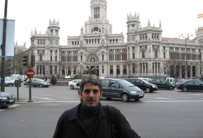"""De fondo """"La Cibeles"""" y el palacio comunal de Madrid"""