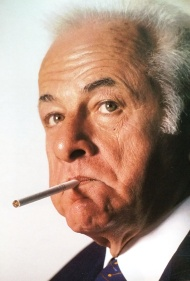 """En los 90s Sofovich fue funcionario menemista. En una nota para """"Noticias"""" anticipó el alejamiento del super ministro Cavallo. Y José Luis lo retrató así."""